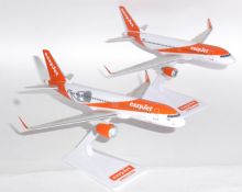 Airbus A320 & A320 NEO Easyjet Airline Twin Set Of Desktop Models Scale 1:200 E